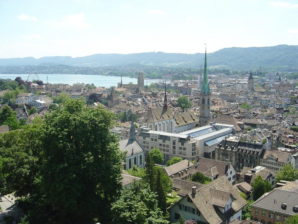 Sicht von der Terrasse des Dozentenfoyers der ETH Zürich Richtung Seebecken.
